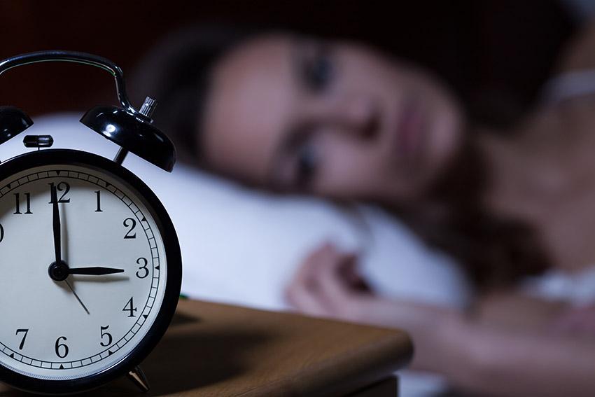 Soigner l'insomnie par magnétisme